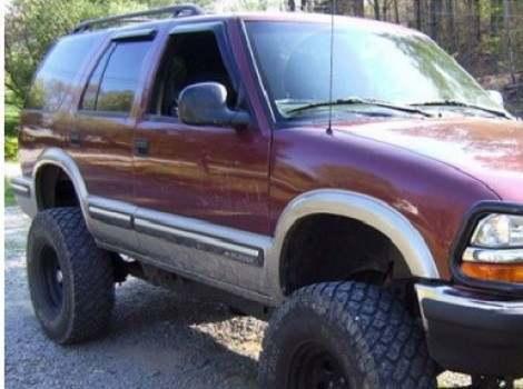 96-03 Chevrolet Blazer, Bushwacker #41502-02