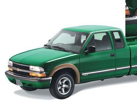 94-03 Chevrolet S10 Extend-a-fender flare, Bushwacker #41907-11