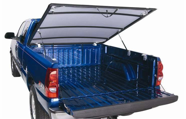 Lund Hinged Tonneau Cover