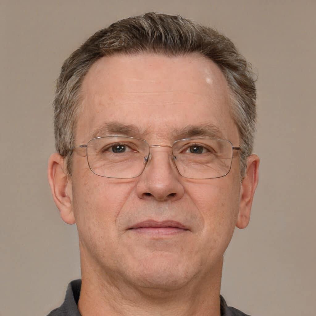 Headshot of Mark