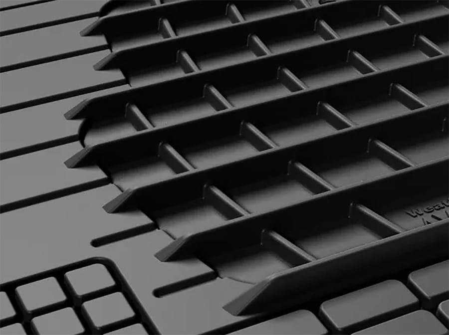deep grooves in rear liner or a floor liner