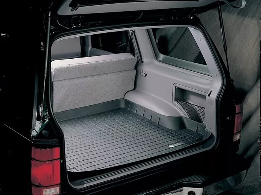 The liner contains no harmful PVCs cadmium and completely covers the trunk space